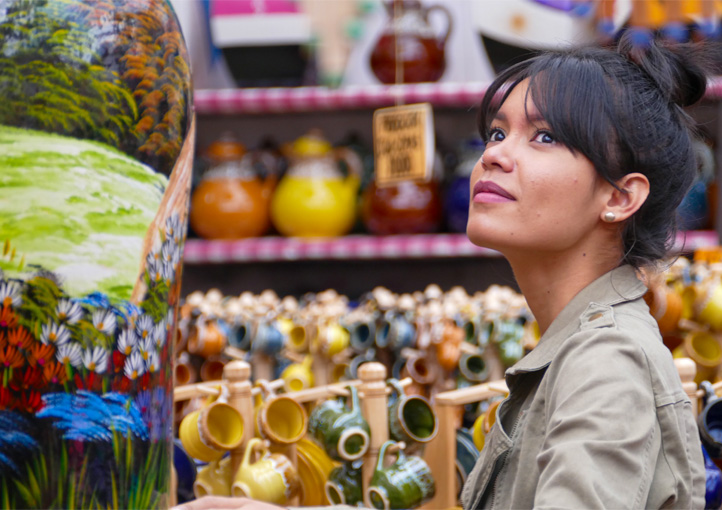 19 Must-Buy Travel Souvenirs From Colombia – Cheap & Expensive